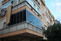 içi görünmeyen cam balkon